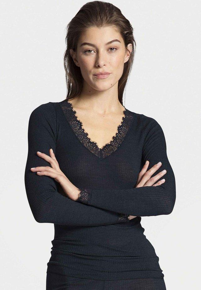 Undershirt - dark lapis blue
