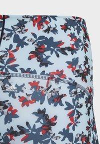 adidas by Stella McCartney - ADIDAS BY STELLA MCCARTNEY TRUEPURPOSE ALLOVER PRINT  - Medias - blue - 2