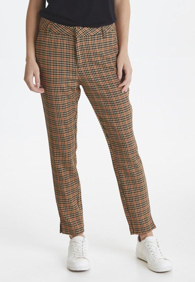 PZJULIA - Pantalones - apricot