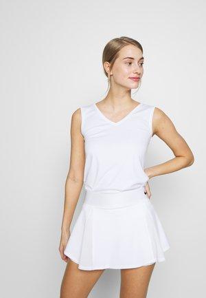 BALLOON - Funkční triko - white