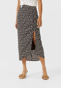 Stradivarius - Pencil skirt - brown - 0