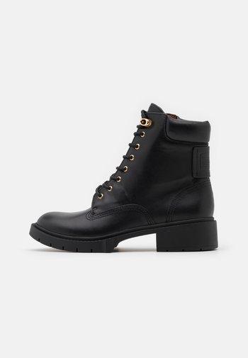 LORIMER BOOTIE - Lace-up ankle boots - black