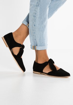 LEATHER ANKLE STRAP BALLET PUMPS - Ankle strap ballet pumps - black