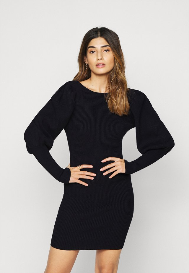PUFF SLEEVE DRESS WITH LOW BACK - Pletené šaty - black