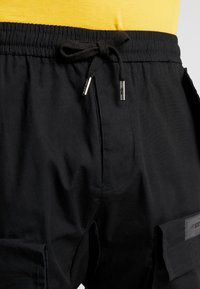 Sixth June - PANTS WITH MULTIPLE POCKETS - Cargo trousers - black - 3