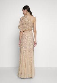 Lace & Beads - ROSE MAXI - Vestido de fiesta - cream - 2