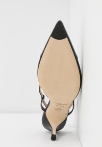 LK Bennett - HALLY - Classic heels - black - 6