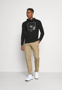 CLOSURE London - DOBERMAN HOODY - Sweatshirt - black - 1