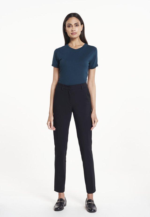 KAE  - Trousers - black