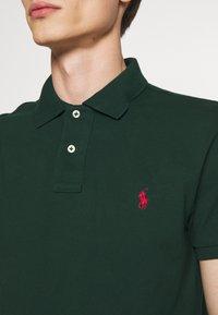 Polo Ralph Lauren - SHORT SLEEVE KNIT - Poloshirts - college green - 5