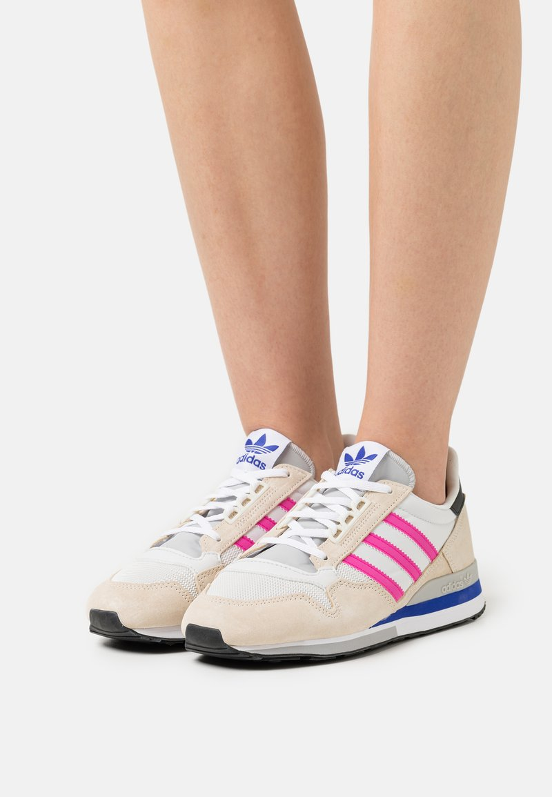 adidas Originals - ZX 500 - Joggesko - white/shock pink/footwear white