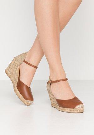 CASTILLA - High heels - cognac