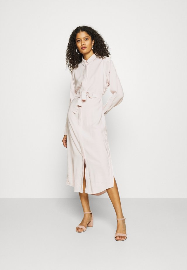 CÉRAISTE DRESS - Shirt dress - crystal grey