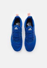 adidas Performance - TRAINER X - Zapatillas de entrenamiento - royal blue/signal pink/footwear white - 3