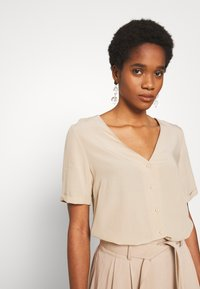 Pieces - PCCECILIE - Button-down blouse - white pepper - 3