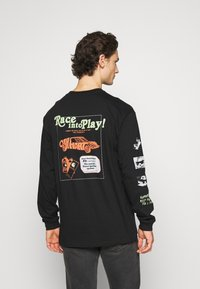 Carhartt WIP - RACE PLAY - Long sleeved top - black - 2