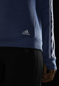 adidas Performance - CLIMALITE RUNNING LONG SLEEVE PULLOVER - Sudadera - croyal - 6