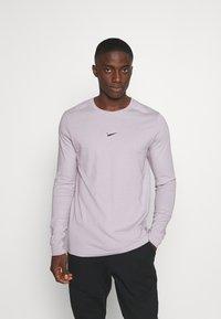 Nike Sportswear - Maglietta a manica lunga - silver lilac - 0