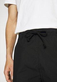 TOM TAILOR DENIM - Shorts - black - 6