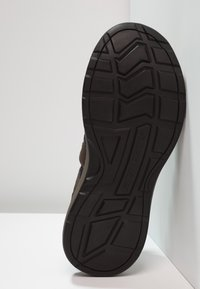 Skechers - Walking sandals - brown - 4
