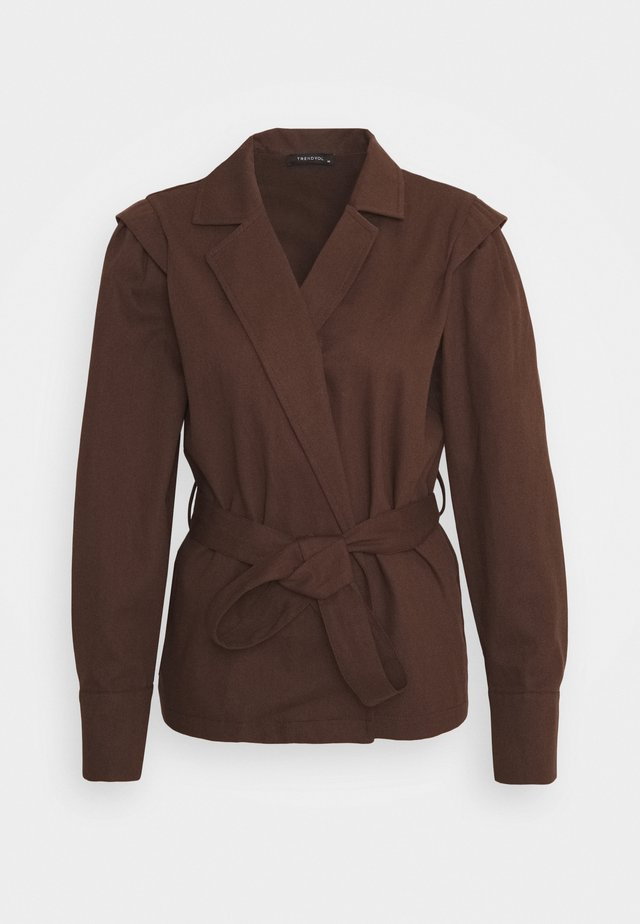 Blazer - brown