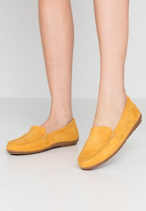 Slip-ons - saffron