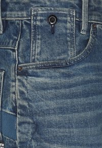 G-Star - C-STAQ 3D BOYFRIEND CROP - Relaxed fit jeans - faded cascade - 2