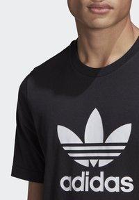 adidas Originals - TREFOIL UNISEX - T-shirts print - black/white - 4