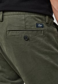 s.Oliver - Trousers - olive - 4