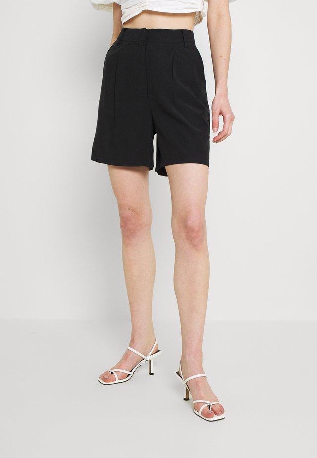 YASPERFA  ICON - Shorts - black