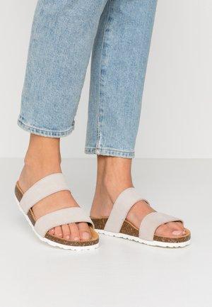 BIABETRICIA TWIN STRAP - Slippers - beige