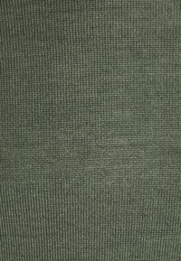 Casual Friday - KONRAD - Svetr - olivine melange - 5