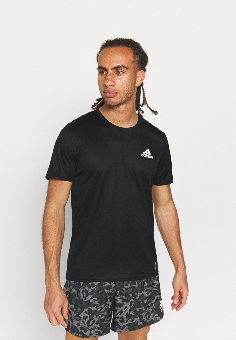 adidas Performance - P.BLUE TEE MEN - Print T-shirt - black/silver
