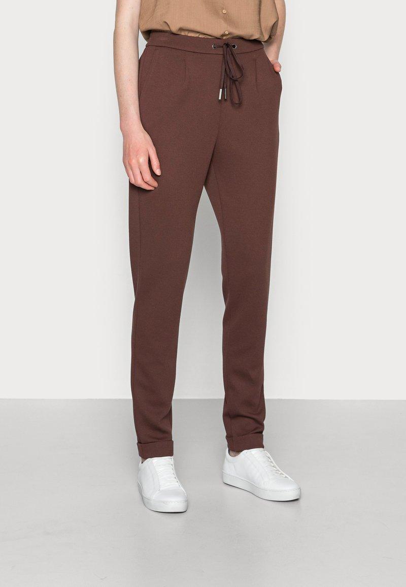 Esprit - JOGGER - Tracksuit bottoms - rust brown