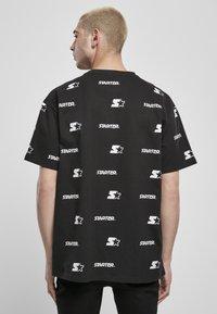 Starter - T-shirt imprimé - black - 2