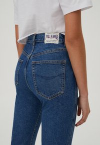 PULL&BEAR - SLIM MOM - Jeans slim fit - dark blue - 4
