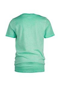 Vingino - HARVEY - Print T-shirt - active mint - 1