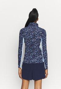 Kjus - WOMEN SUNSHINE SPORT HALF ZIP - Long sleeved top - atalanta blue/cloud blue - 2