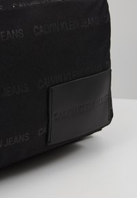 Calvin Klein Jeans - ESSENTIAL CAMPUS - Rucksack - black - 7