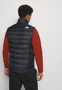 The North Face - ACONCAGUA - Waistcoat - black/white - 2