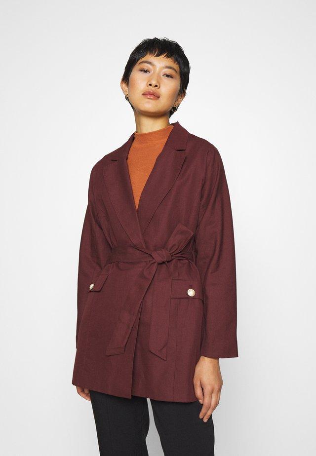 AMICI - Short coat - maltese