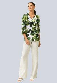 Alba Moda - Long sleeved top - weiß grün - 1