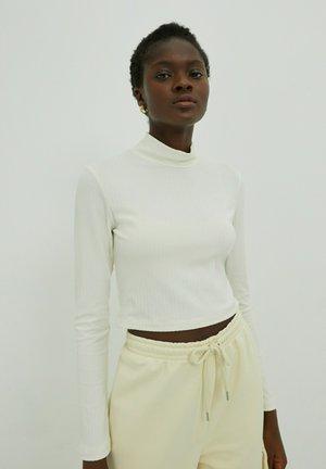ADA - Long sleeved top - creme