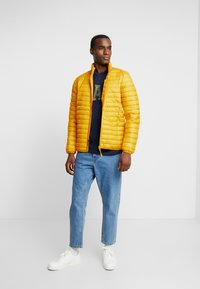 Esprit - THINSULATE - Light jacket - dusty yellow - 1