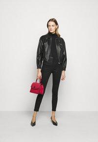 J Brand - LEENAH HIGH RISE ANKLE SKINNY - Jeans Skinny Fit - caiman - 1