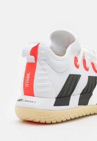 adidas Performance - STABIL NEXT GEN PRIMEBLUE - Håndboldsko - footwear white/core black/solar red - 5