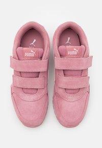 Puma - ST RUNNER  - Trainers - foxglove/whisper white/pale pink/white - 3