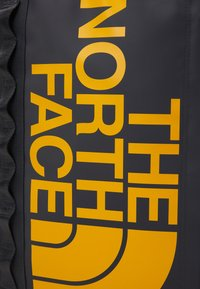 The North Face - BASE CAMP FUSE BOX UNISEX - Ryggsekk - asphalt grey/summit gold - 6