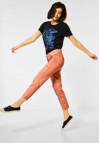 Cecil - Trousers - orange - 2