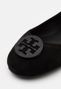 Tory Burch - MINNIE TRAVEL WITH PAVE LOGO - Ballet pumps - perfect black - 5